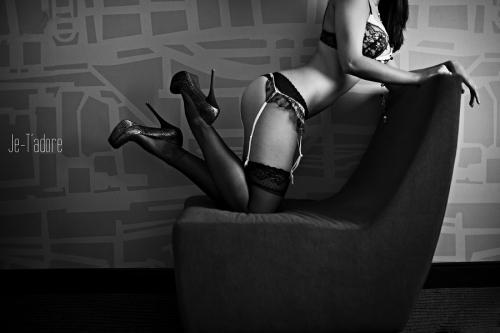 lubbock boudoir photography, lubbock boudoir photographer, aric and casey photography boudoir, jetadore boudoir by casey